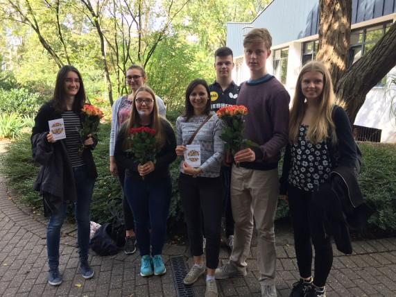 Von links nach rechts: Katrin Kreidel, Céline Denis, Michelle Schmidt, Anna-Katharina Fabian, Leo Haas, Luca Herrmann, Kerstin Breßler